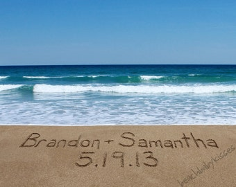 CUSTOM - Wedding Names and Date written in the sand - Beach wedding gift - FREE Shipping!
