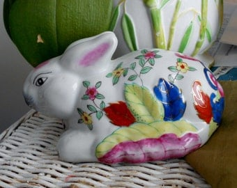 Hollywood regency Chinoiserie vintage ceramic rabbit with hand painted tobacco leaf pattern