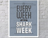 8x10 30 Rock Shark Week Tracy Jordan