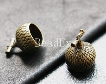4pcs / Acorn Cap / Antique Brass / Base Metal / Charm / 26x18x15mm (YB26435//K331)