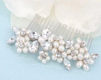 La Belle de Printemps - Freshwater Pearl and Rhinestone Bridal Comb