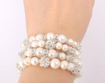Fiona - Rhinestone and Freshwater Pearl Bridal Bracelet