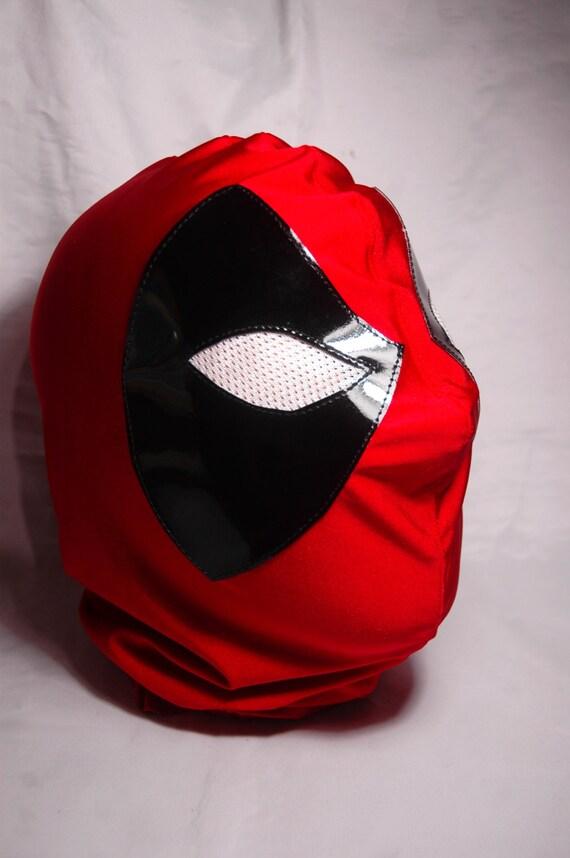 Deadpool Gesticulating Wrestling Mask