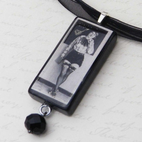 Naughty school teacher! Playful Vintage Erotica Domino Necklace JF7205