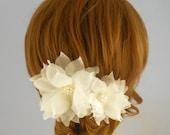 Freshwater Pearl Bridal Headpiece, Gold Bridal Head Piece, Ivory Bridal Hair Flowers, Pure Silk Wedding Hair Flowers, Bridal Hair Accessory