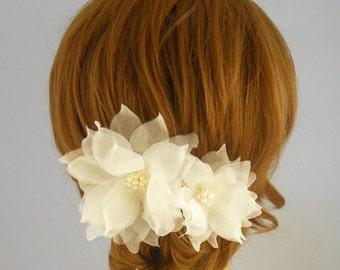 Ivory Bridal Headpiece, Freshwater Pearl Bridal Hair  Flowers, Gold Bridal Head Piece,Pure Silk Wedding Hair Flowers, Bridal Hair Accessory