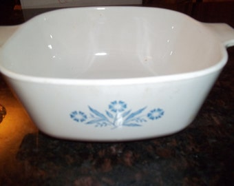 SALE****Corning Ware  1 1/2Quart Corn Flower Casserole Dish