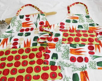Vegetables and Tomatoes Mother Daughter Aprons