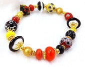Black Yellow and Red Stretch Bracelet, 6 3/4 inches (17.2cm) Medium, Lampwork Glass Beads on Elastic Cord, Dressy Bracelet