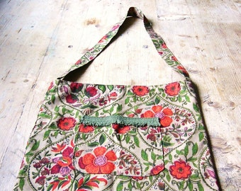 Vintage Shoulder Bag Cloth Tote 1950s Fabric and Trim