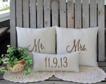 Mr & Mrs Pillow Cover Mr and Mr or Mrs and Mrs Custom Embroidered Wedding Gift Personalized Anniversary Gift Wedding Shower LGBT