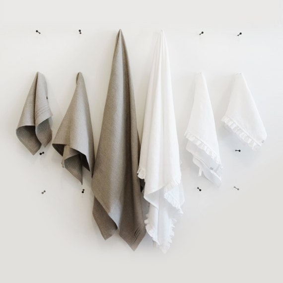 Linen towel set, Three natural towels, Towels with pleats or Towels with ruffles, Custom color towels for bathroom or kitchen