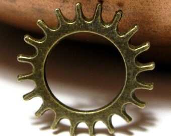 Steampunk Pendant gear spike sun ring connector 22mm 15 pieces