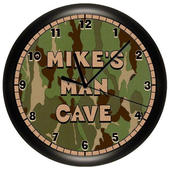 Man Cave Clock : Personalized man cave hunting wall clock