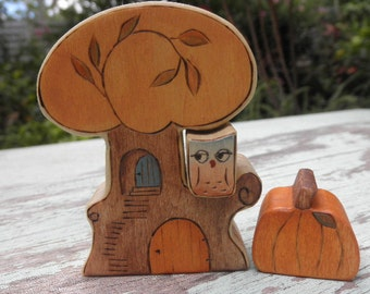 Wooden Toy Set Autumn Tree with Owl Inset-Plus Extra Pumpkin- Waldorf Inspired