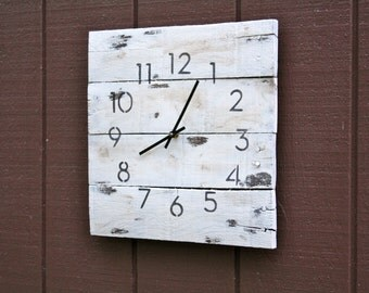 Wall clock, modern yet rustic shabby chic. White, aged & Distressed Pallet Wood Clock.  Reclaimed Clock.