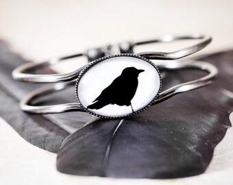 Raven / Crow Bracelet - Gothic Jewelry , Gothic Bracelet , Black Crow Silhouette Jewelry