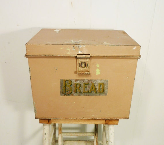 Antique Bread Box Distressed Chippy Paint Rusty By Gillardgurl