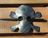 Skull and Crossbones Leat...
