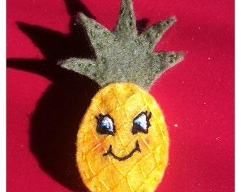 Cute Pineapple felt brooch or hair clip
