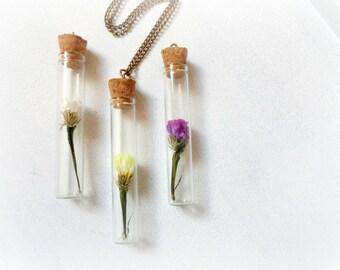 Limonium flower necklace curiosity vial bottle terrarium necklace Botanical Specimen real flower Nature lover Woodland jewelry fall fashion