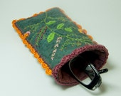 Embroidered Eyeglass Case,Spirit Of The Hedgerow