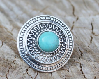 Vintage Silver Southwestern Large Ring with Turquoise