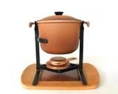 Le Creuset Fondue Pot Enamel Cast Iron w/ Wood & Tile Tray Fondue Sets