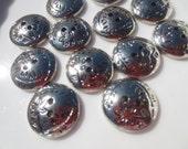 "Silver Flower Buttons Flat 18mm, 11/16"" -36 pieces"