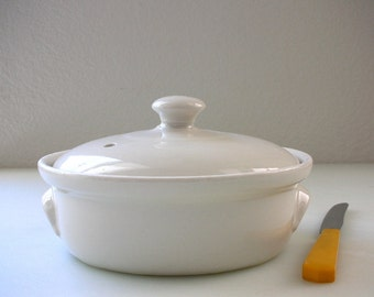Hall Individual Baking Casserole Bowl Lidded Covered Dish Ovenware Hall 822 Hall round Crock Bakeware White  Oven ware Casserole Serving