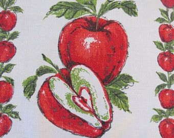 Vintage Red Apples Tea Towel - Red Kitchen Dish Towel Decor - Shabby Chic - Forbidden Fruit - Collectible - Vintage Linens - Gift