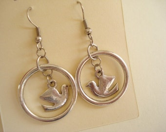 Love Bird Silver Tone Earring DE-483