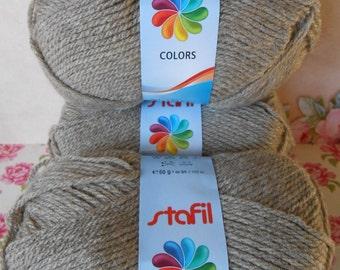 Yarn Balls 200 gr. Taupe Acrylic