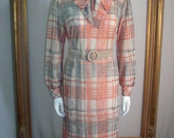 CLEARANCE Vintage 1970's Bleeker Street Salmon/Grey Plaid Dress - Size 16
