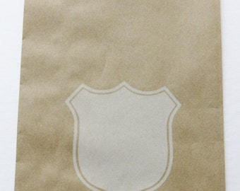 """Set of 10 Kraft Middy Bitty Bags with a Soft White Shield Design (5"""" x 7.5"""")"""