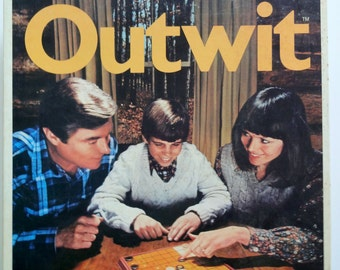 Vintage Parker Brother's Outwit Board Game 1978