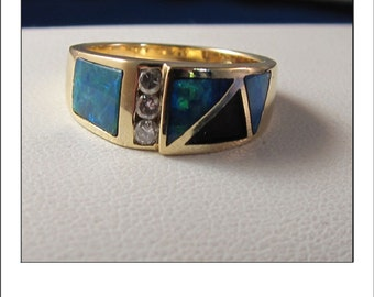 Fine 14k Yellow Gold Austrialian Opal Diamond Band Ring
