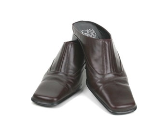Vintage Womens Brown Mules by Joan & David circa early 1990s - Size 8 B Made in Italy  Reduced