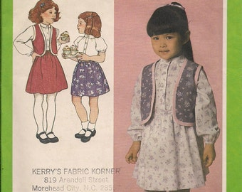 1980 Sewing Pattern Simplicity 9737 girls skirt, blouse, vest size 6