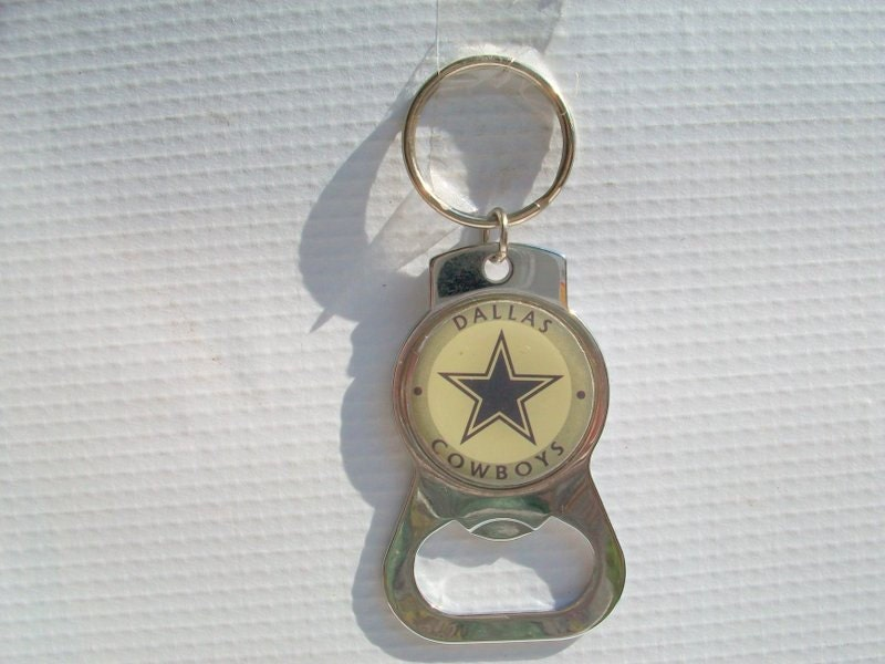 1980s dallas cowboys keychain and bottle opener. Black Bedroom Furniture Sets. Home Design Ideas