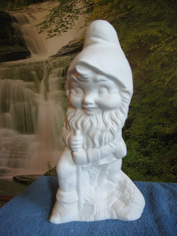 Gnome In Garden: Large 16 Gnome With Shovel Alberta Garden Statue