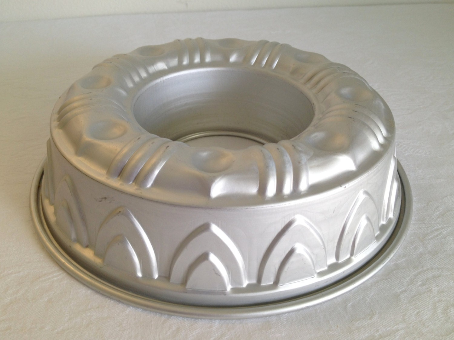 vintage mirro aluminum ring mold cake pan fancy bundt cake pan. Black Bedroom Furniture Sets. Home Design Ideas