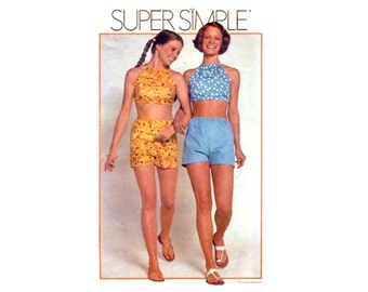 1970s Easy Halter and Shorts Pattern Midriff Top Summer Clothes Super Simple Learning Pattern Drawstring Halter Simplicity 9939 Size Small