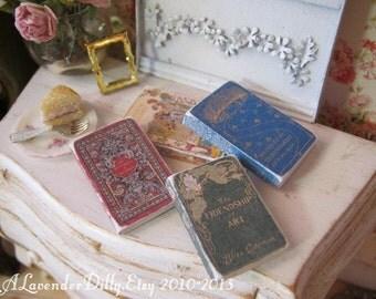 Scruffy Vintage Book Kit Set C for Dollhouse