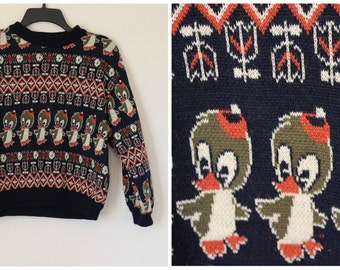 Vintage 1960s weird duck sweater abstract pattern tulips and diamonds Size small