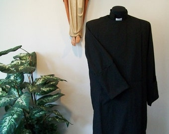 Clergy cassock Anglican custom made design vestment      easy care