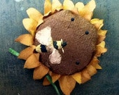 primitive sunflower pinkeep with bee