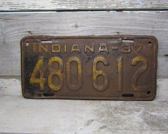 Vintage Metal License Plate Wall Hanger INDIANA Rusted and Naturally Distressed Rusted 1937 Rusty Metal