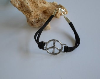 Jewelry... Peace Charm on Black Suede Bracelet (0957)