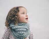 Kids Cowl - Chunky Crochet Cowl for Kids - Kids Snood - Children's Scarf in Ice Mint Icelandic Wool
